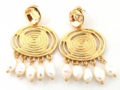 B-E2.2  E426-015 Earrings with Freshwater Pearls 40x30mm Gold