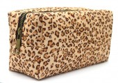 Y-F6.1 BAG2060-001B Make Up Bag Leopard
