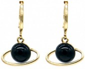 C-E16.3  E532-002G Earring Planet Black-Gold